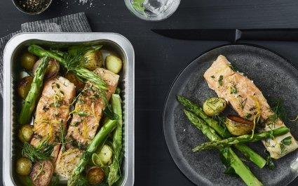 Fish ready meal in ready-to-cook aluminium container - salmon with asparges and potatoes - Plus Pack