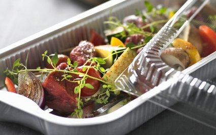 Aluminium tray of ready to cook fresh food with clear lid - Plus Pack