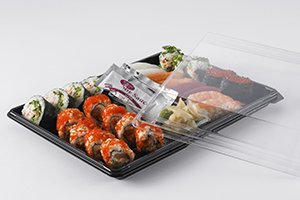 Sushi on big Zen tray presented with clear lid - food packaging - Plus Pack